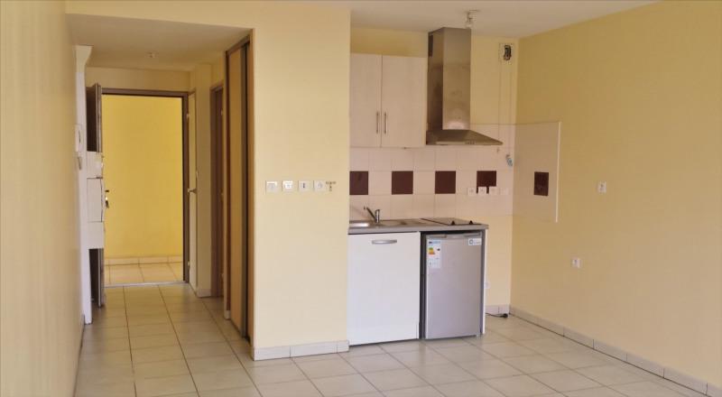 Revenda apartamento Saint gilles les hauts 90000€ - Fotografia 1