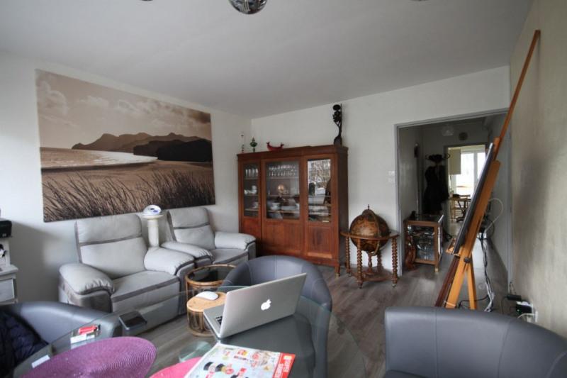 Sale apartment La rochelle 102000€ - Picture 1