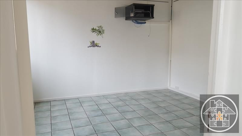 Location local commercial Compiegne 1 600€ HT/HC - Photo 3