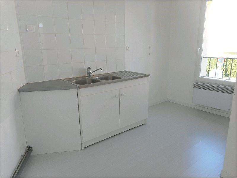 Rental apartment Savigny sur orge 691€ CC - Picture 2