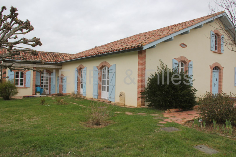 Sale house / villa Samatan 265 000€ - Picture 1