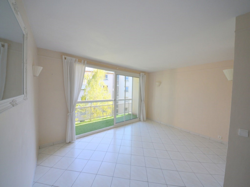 Sale apartment Suresnes 340 000€ - Picture 3
