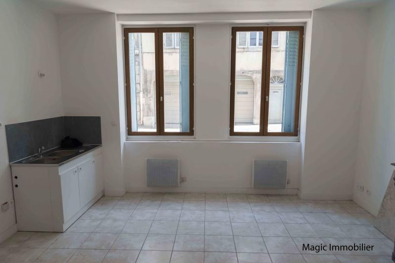 Rental apartment Nantua 220€ CC - Picture 1