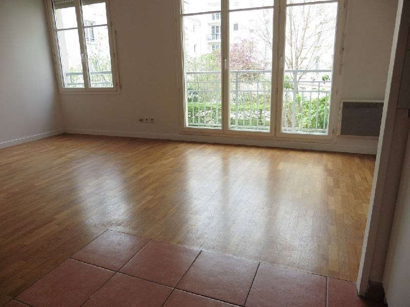 Location appartement Vincennes 1 026€ CC - Photo 2