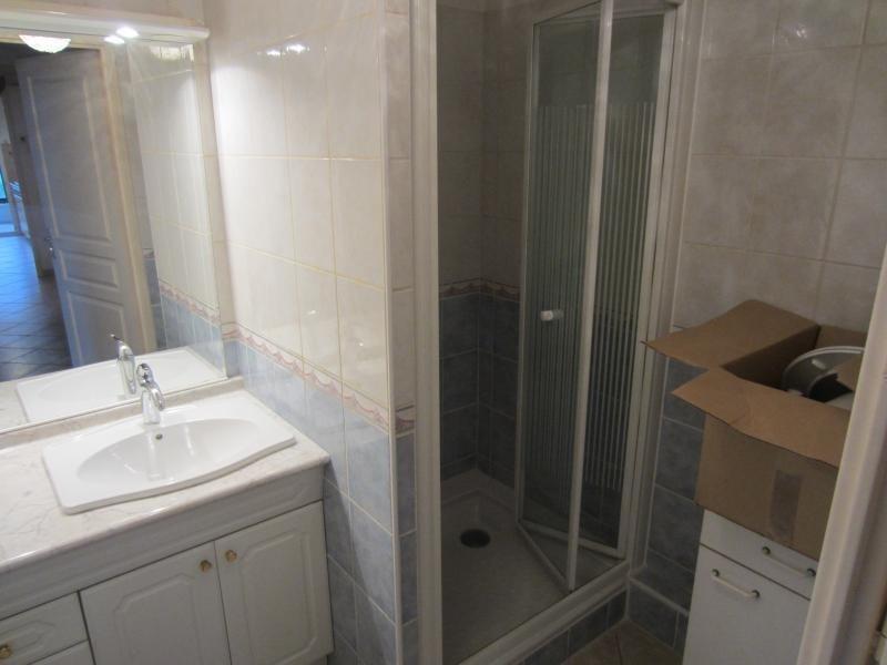 Location appartement La seyne sur mer 840€ CC - Photo 5