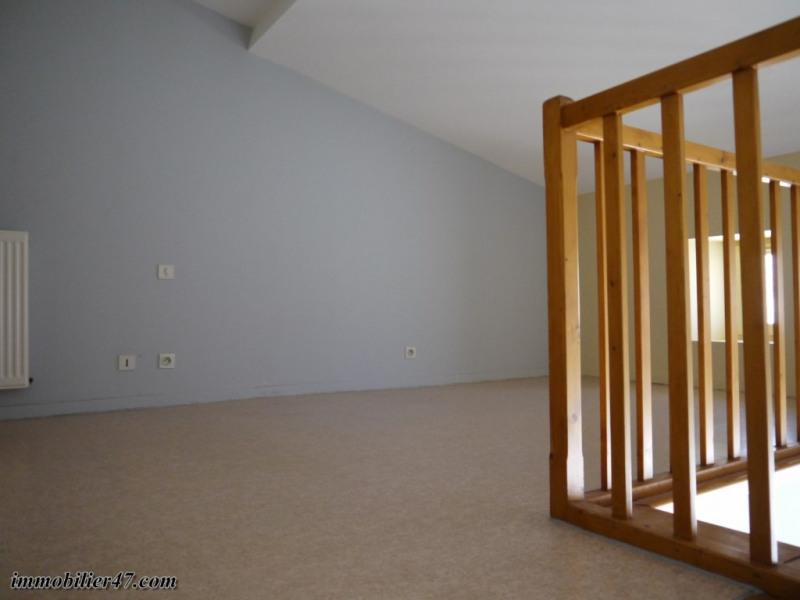 Verhuren  appartement Montpezat 300€ CC - Foto 5