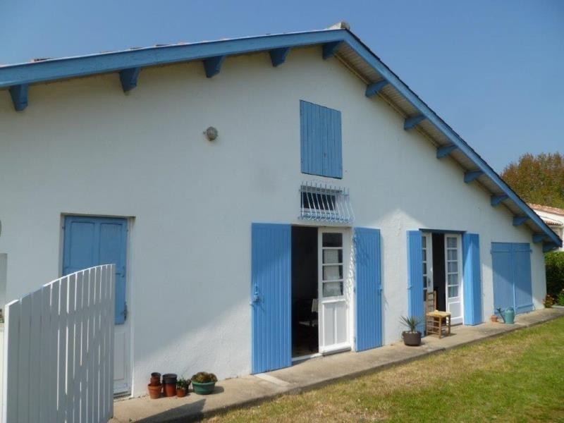 Vente maison / villa Le chateau d'oleron 196400€ - Photo 1