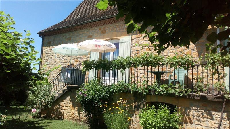 Sale house / villa Siorac-en-perigord 275600€ - Picture 2
