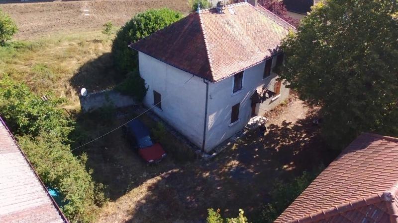 Vente maison / villa La tour du pin 179900€ - Photo 2