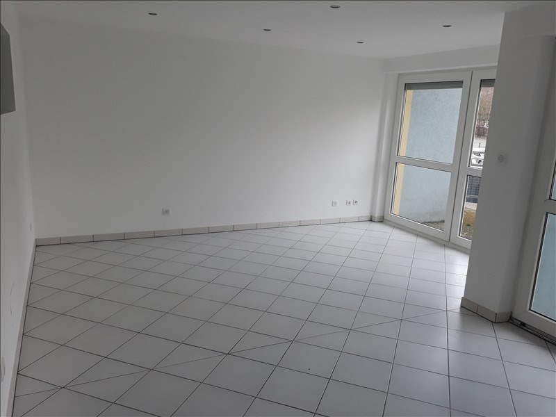 Rental apartment Wissembourg 835€ CC - Picture 2