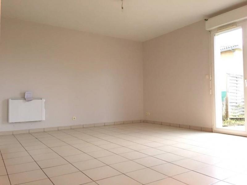 Rental apartment Saint-andre-de-cubzac 557€ CC - Picture 2