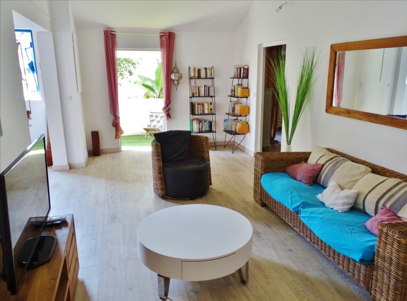 Rental house / villa Saint pierre 1168€ CC - Picture 2