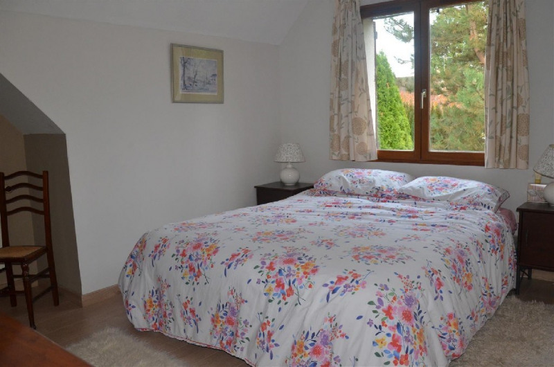Sale house / villa Vulaines sur seine 380000€ - Picture 8