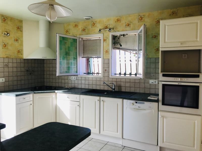 Sale house / villa Arsac 294000€ - Picture 3