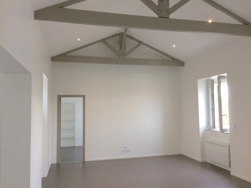Location appartement La rochelle 845€ CC - Photo 1