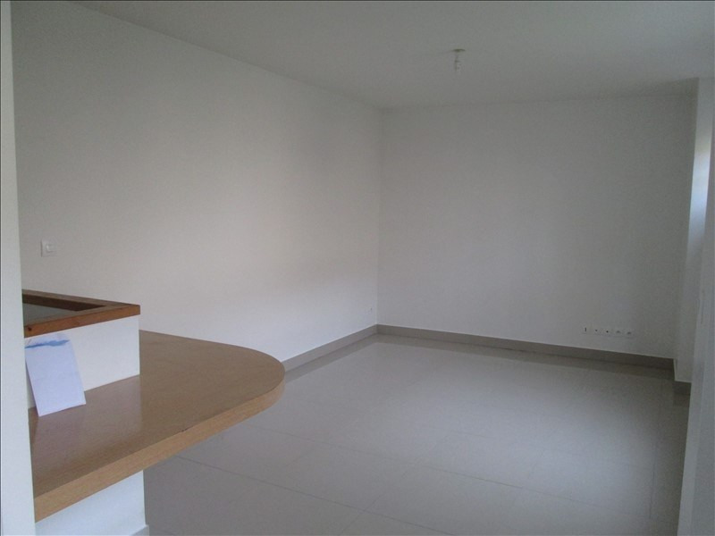 Rental apartment Versailles 1 240€ CC - Picture 3