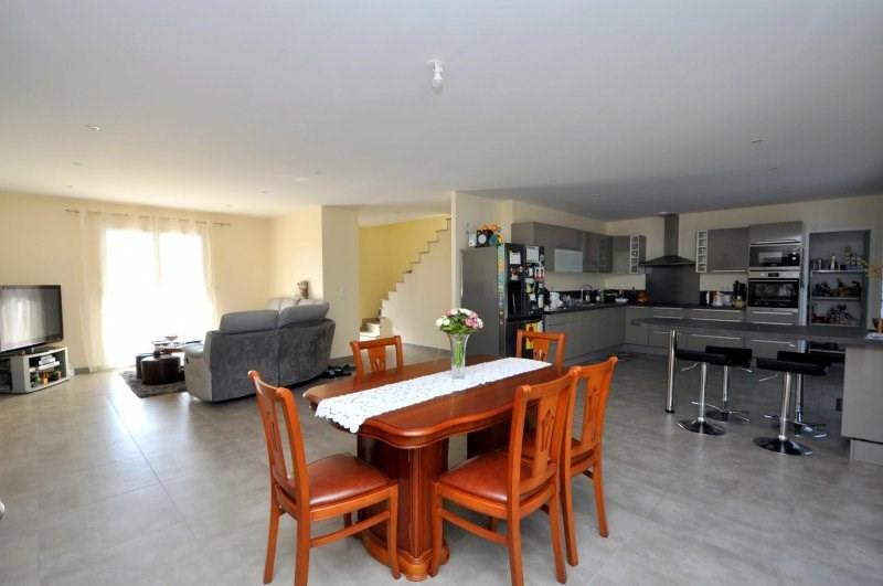 Sale house / villa Forges les bains 399000€ - Picture 5