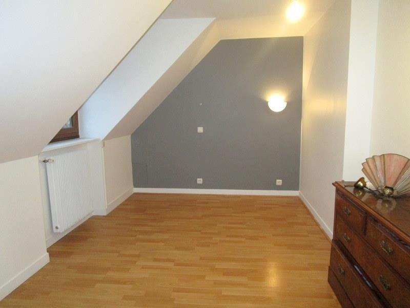 Sale house / villa Beauchamp 449500€ - Picture 6