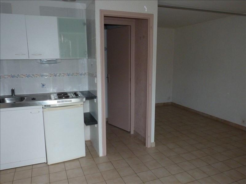 Location appartement La roche sur yon 312€ CC - Photo 2