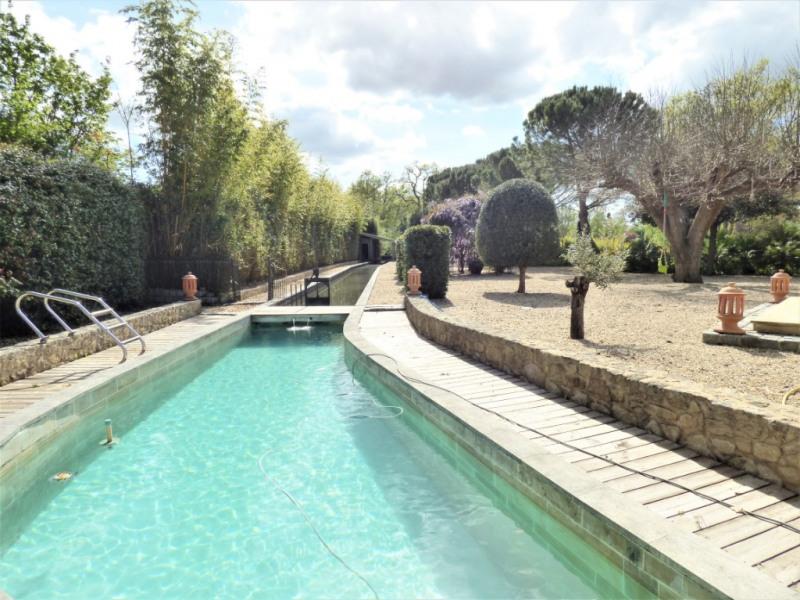 Deluxe sale house / villa Montussan 949000€ - Picture 2