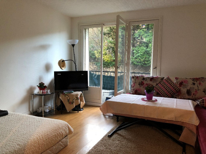 Sale apartment Saint germain en laye 158 000€ - Picture 1