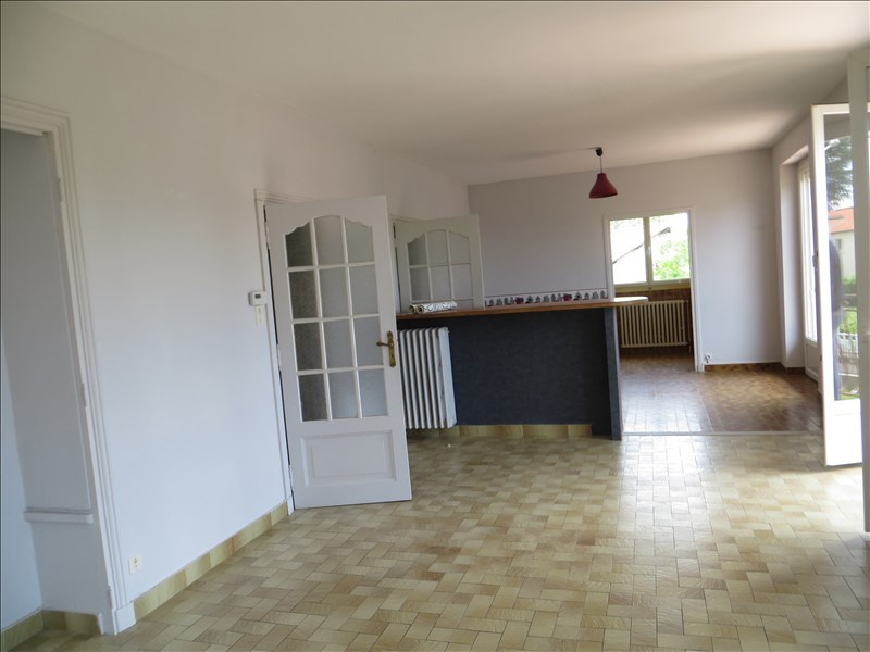 Sale house / villa Pont du chateau 296 800€ - Picture 2
