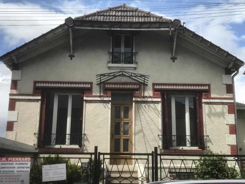 Rental house / villa Livry gargan 1500€ CC - Picture 1