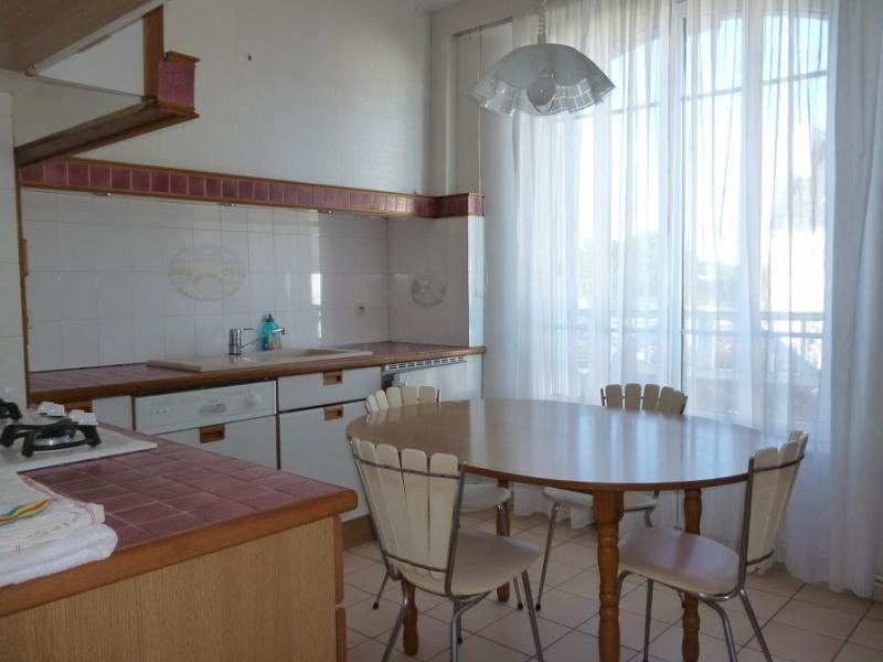 Sale house / villa Douarnenez 120750€ - Picture 2