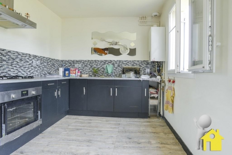 Sale house / villa Neuilly en thelle 230000€ - Picture 6