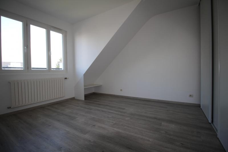 Rental apartment Lorient 780€ CC - Picture 4