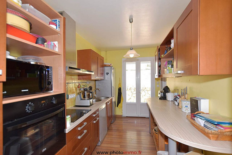 Sale house / villa Courpiere 227 900€ - Picture 4