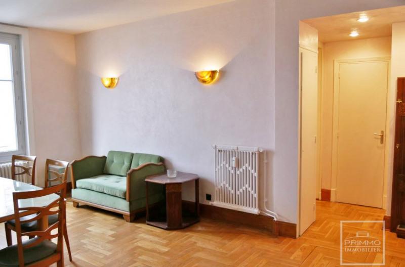 Location appartement Lyon 6ème 1140€ CC - Photo 5