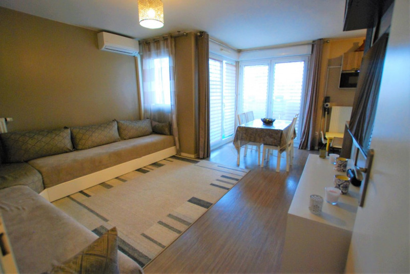 Revenda apartamento Bezons 305000€ - Fotografia 1