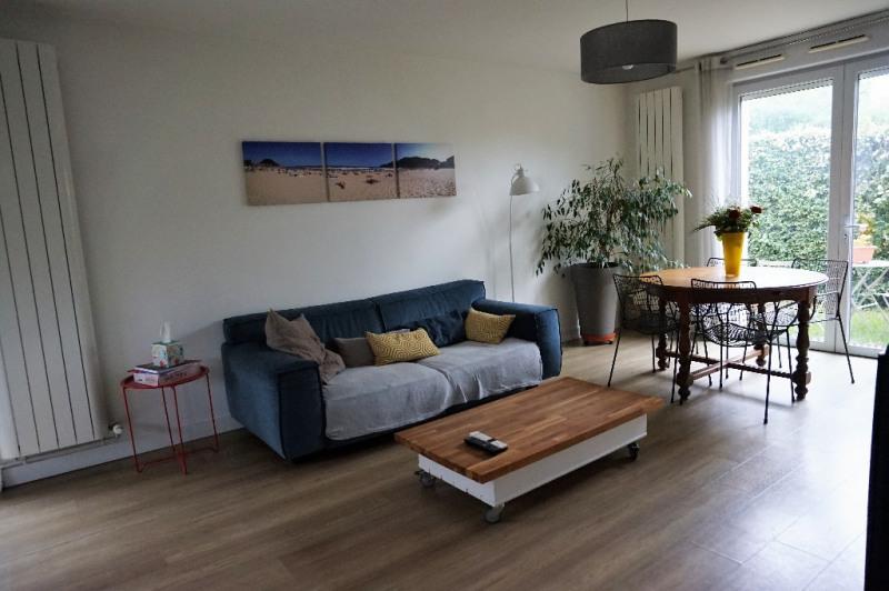 Sale house / villa Laval 180000€ - Picture 3