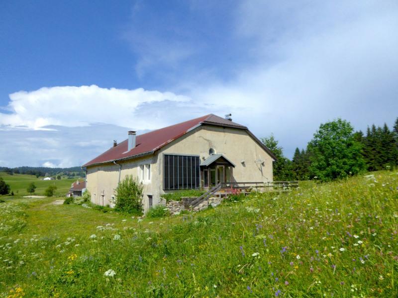 Sale house / villa Lajoux 400000€ - Picture 2