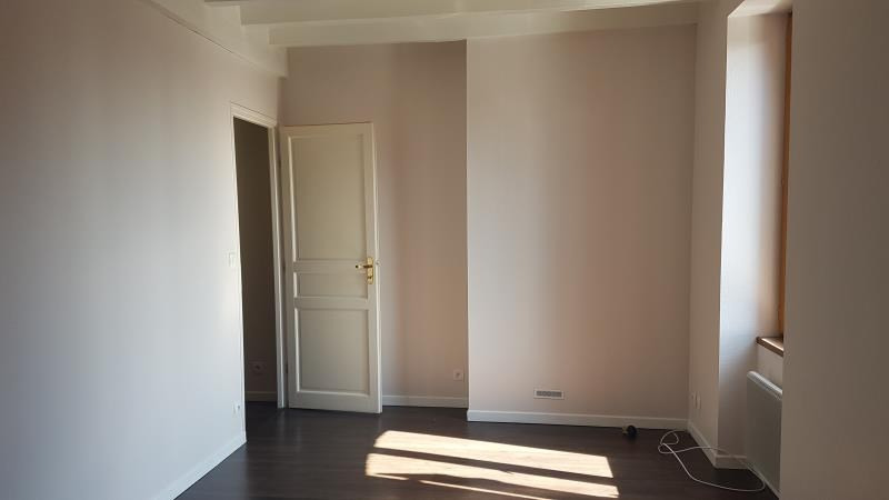 Location maison / villa Blancafort 600€ CC - Photo 6