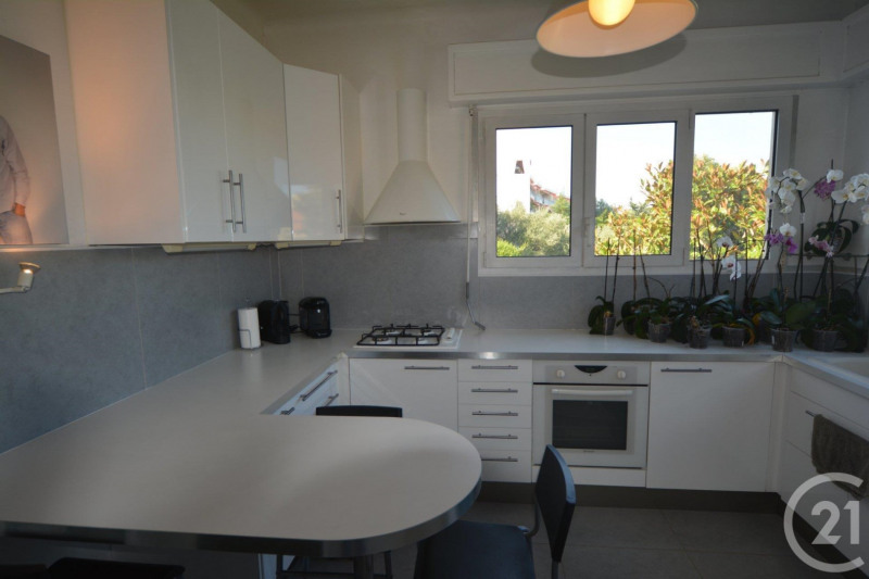 Sale apartment Antibes 430 000€ - Picture 5