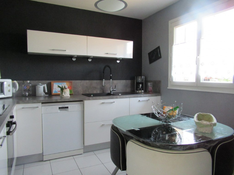 Sale house / villa Cideville 235000€ - Picture 9