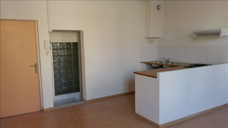 Location appartement Orgon 450€ CC - Photo 1