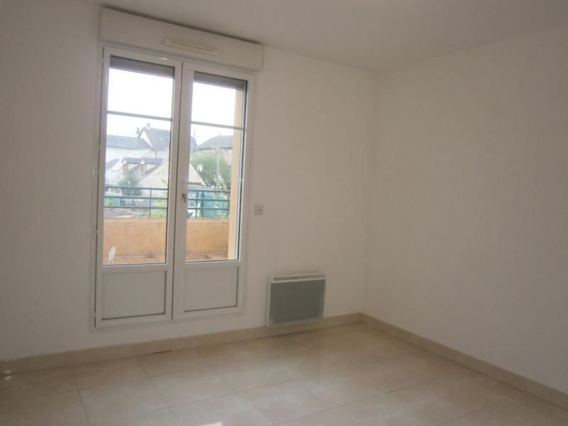 Rental apartment St remy les chevreuse 1318€ CC - Picture 4