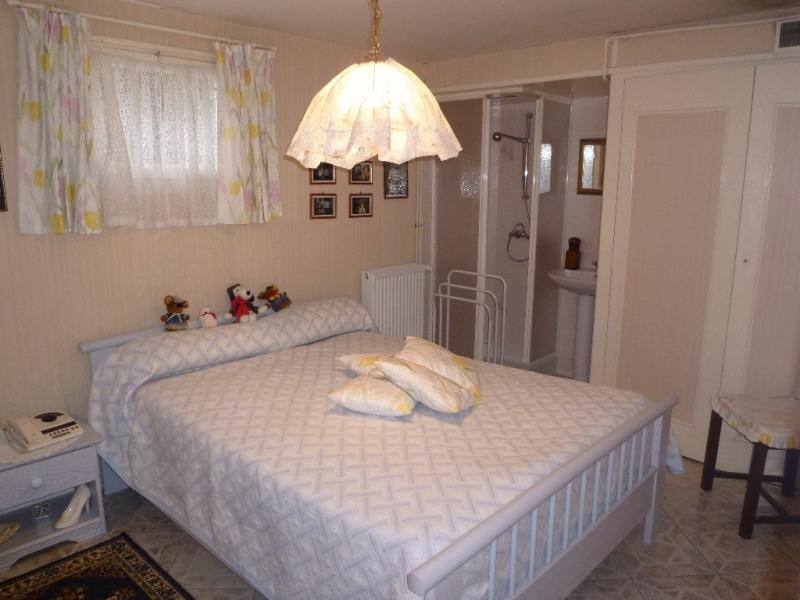 Sale house / villa Javrezac 158000€ - Picture 8