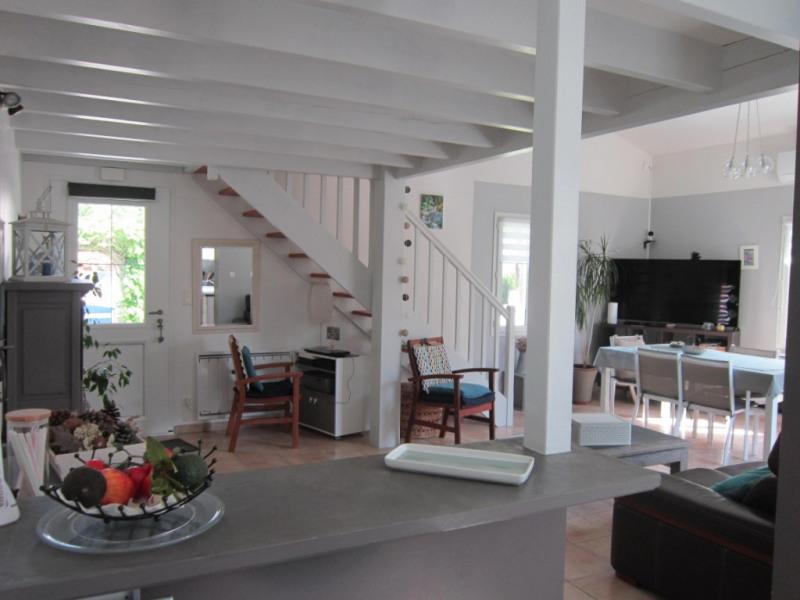 Sale house / villa Les mathes 299250€ - Picture 2