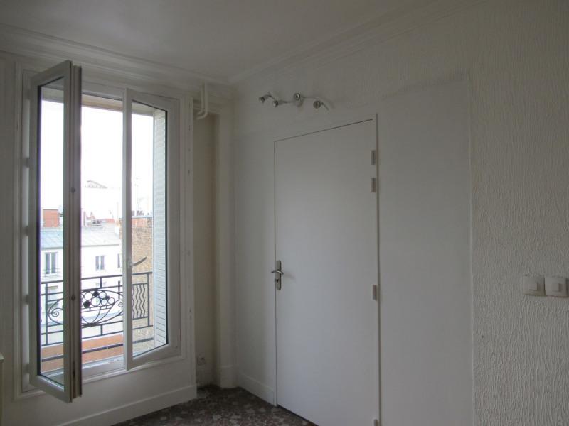 Rental apartment Paris 10ème 1169€ CC - Picture 3