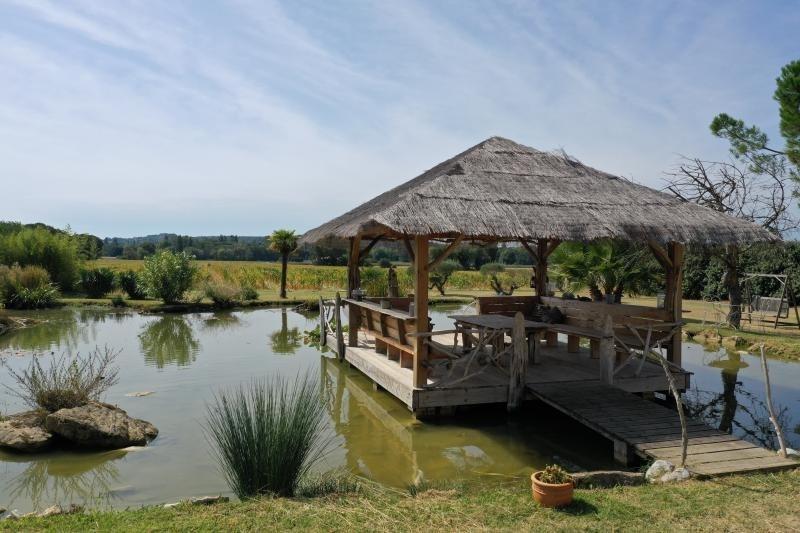 Deluxe sale house / villa Montvendre 625000€ - Picture 3