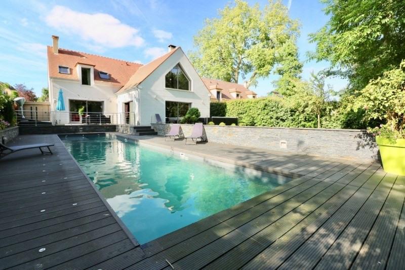 Deluxe sale house / villa Montfort l amaury 970000€ - Picture 1