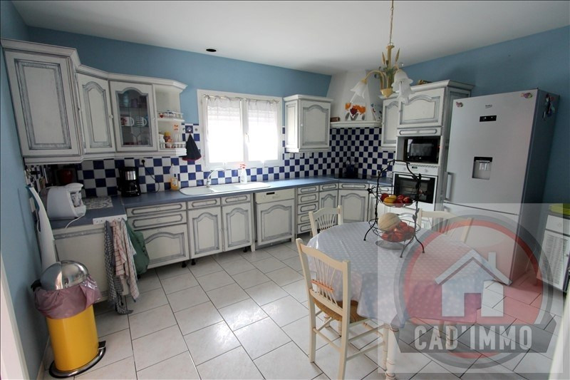 Sale house / villa Lamonzie saint martin 328 500€ - Picture 4