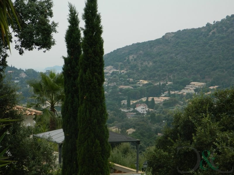 Deluxe sale house / villa Rayol canadel sur mer 960000€ - Picture 3