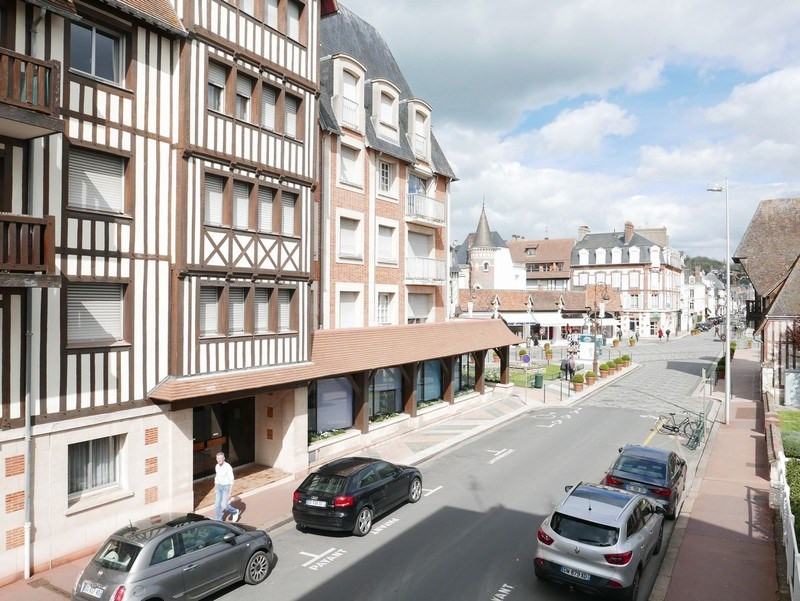 Sale apartment Deauville 424 000€ - Picture 4
