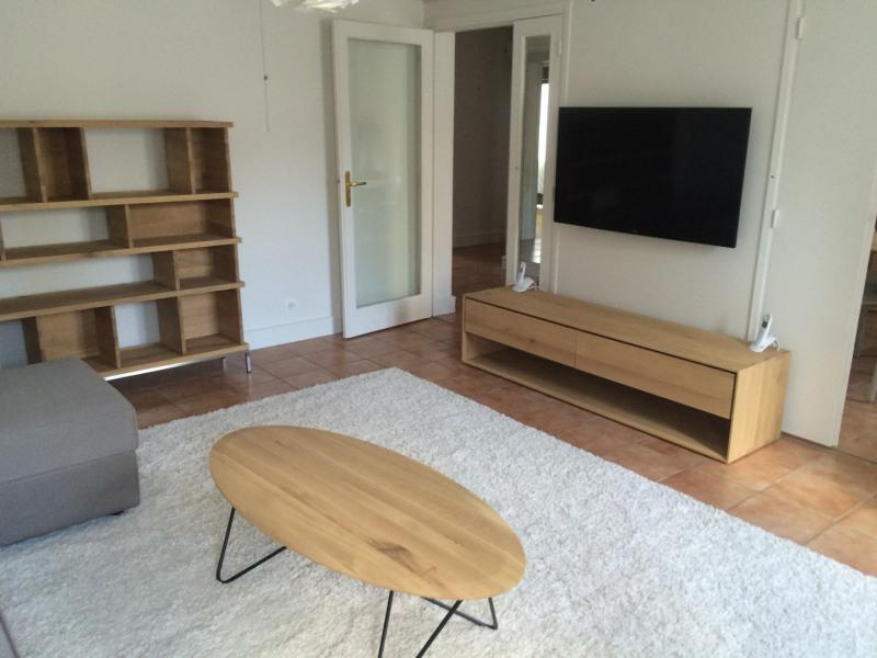 Rental apartment Paris 10ème 3990€ CC - Picture 2