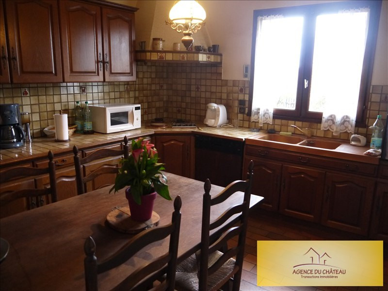 Sale house / villa Lommoye 218000€ - Picture 3